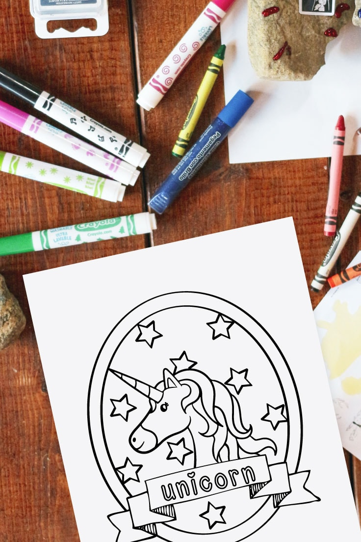 Coloring page with a unicorn surrounded by stars in a cameo circle.